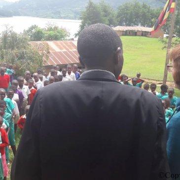 Op bezoek bij Bwama Primary School, ons project onder 'Nicky's Care for Africa' (NiCA).