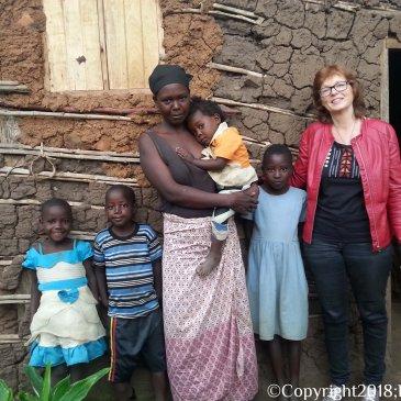 Op bezoek bij de kinderen thuis.