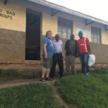 Wij bedanken Dr. Patrick Treacy voor het bezoeken van HWMCO en NiCA tijdens zijn reis door Oeganda!