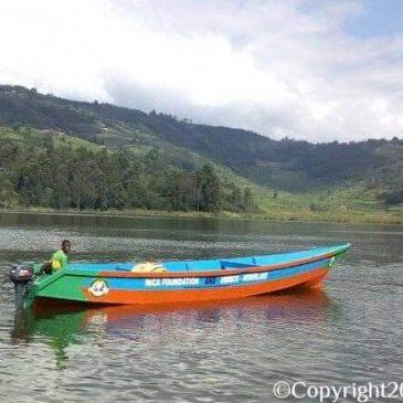Twee levens op Lake Bunyonyi gered dankzij snelle interventie met onze motorboot.