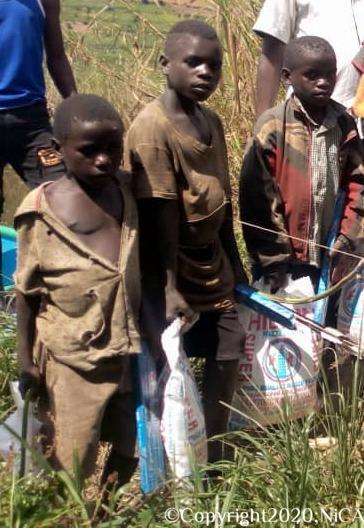 Voor de derde keer noodhulp verleend: uit wanhoop grijpen de Batwa terug naar de jacht om te overleven.