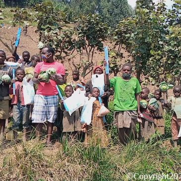 Helping the Batwa at Lake Bunyonyi: Some of Their Children Have Died of Hunger